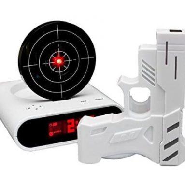 Wecker mit Zielscheibe und Pistole